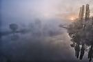 Die Ruhr im Nebel