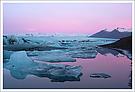 Wintermorgen am Gletschersee